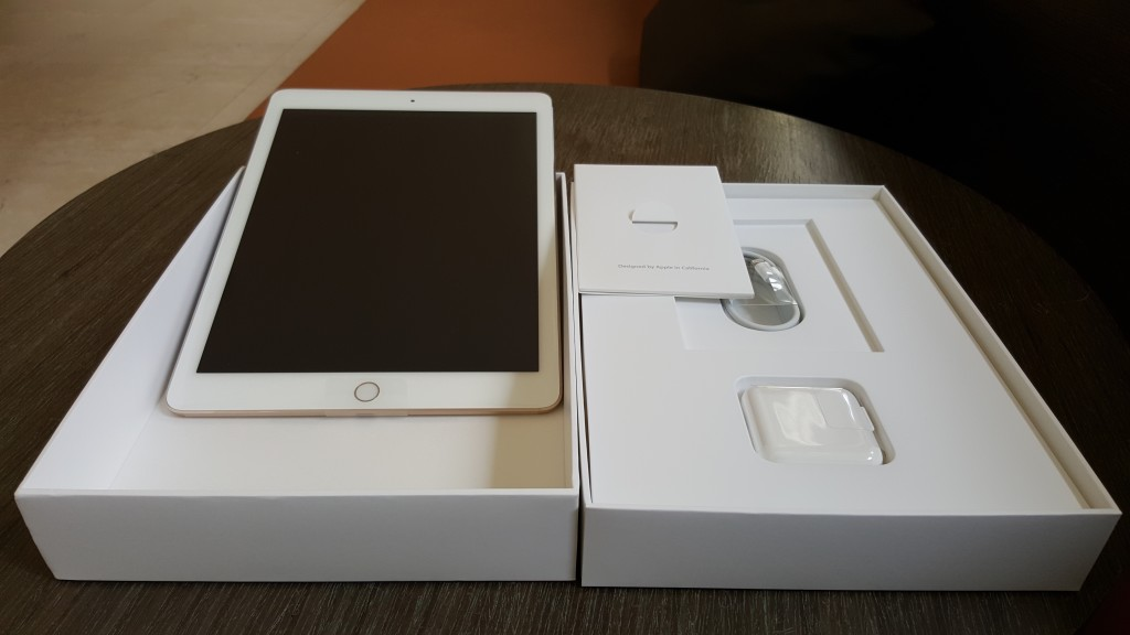 Apple iPad Air 2 opened box contents.jpg