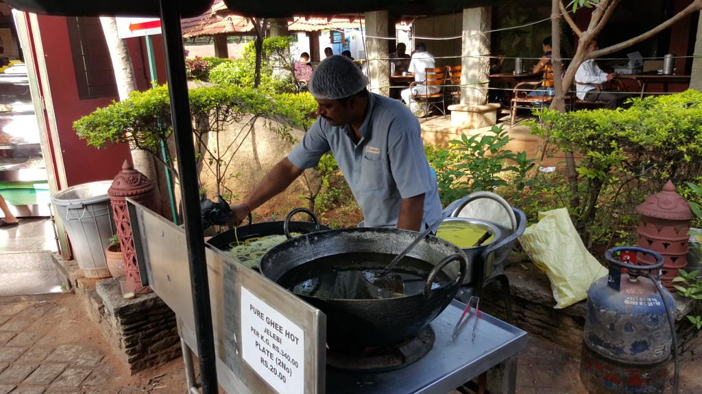 Restaurant between Mysore and Bangalore making Jelebi