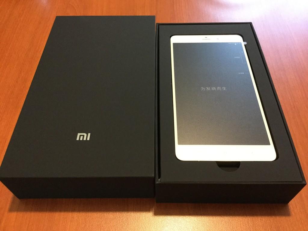 Xiaomi Mi Note Pro Box Opened phone in box