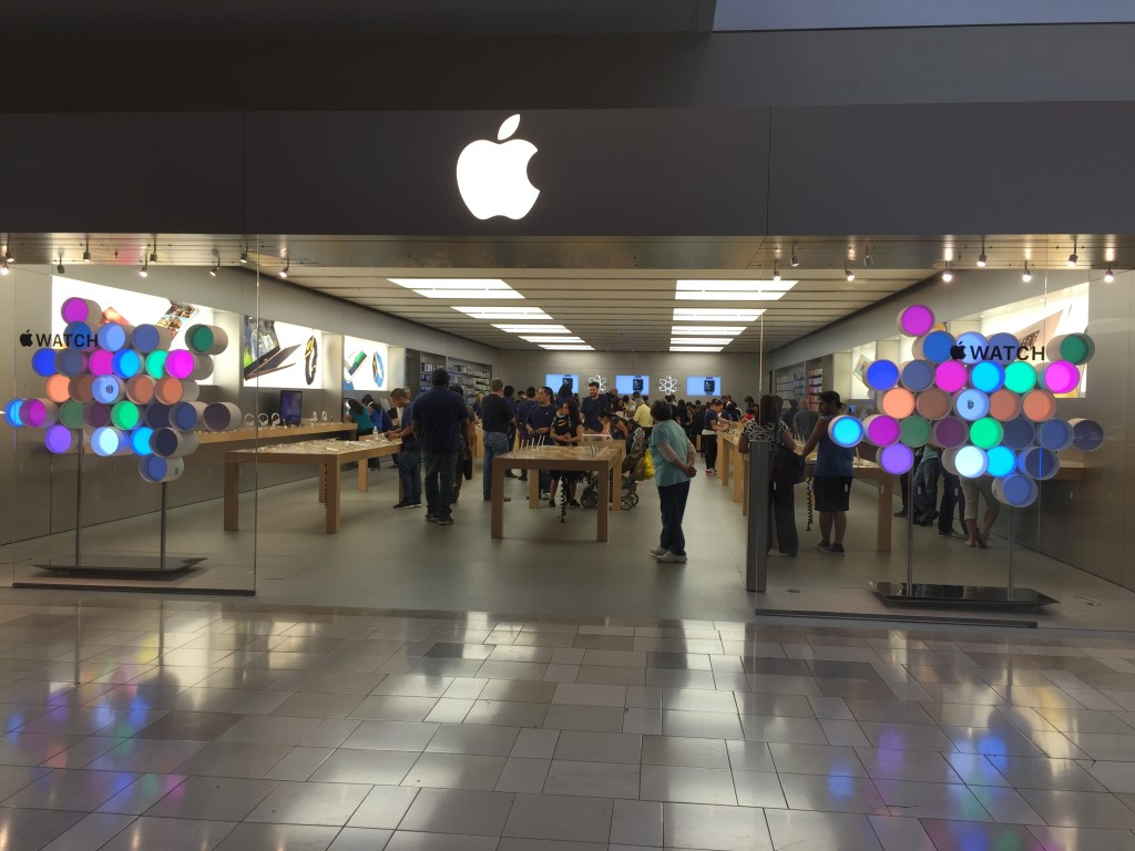 Apple Store Westfield Valley Fair Mail Santa Clara California-2