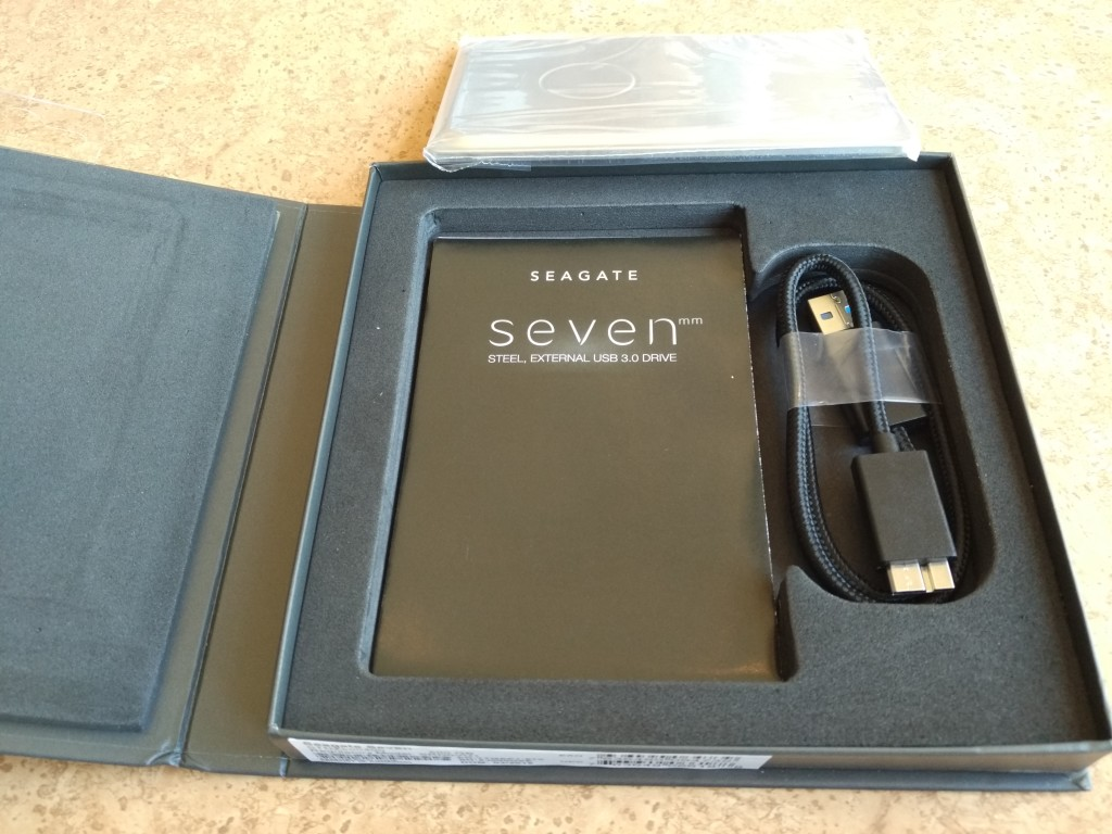 Seagate Sevenmm Drive Unboxing-2