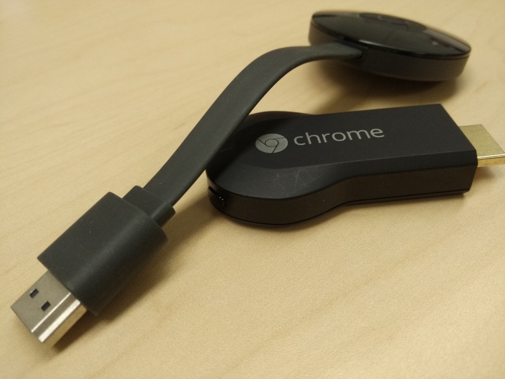 Google Chromecast (2015) Unboxing-9 Macro Shot