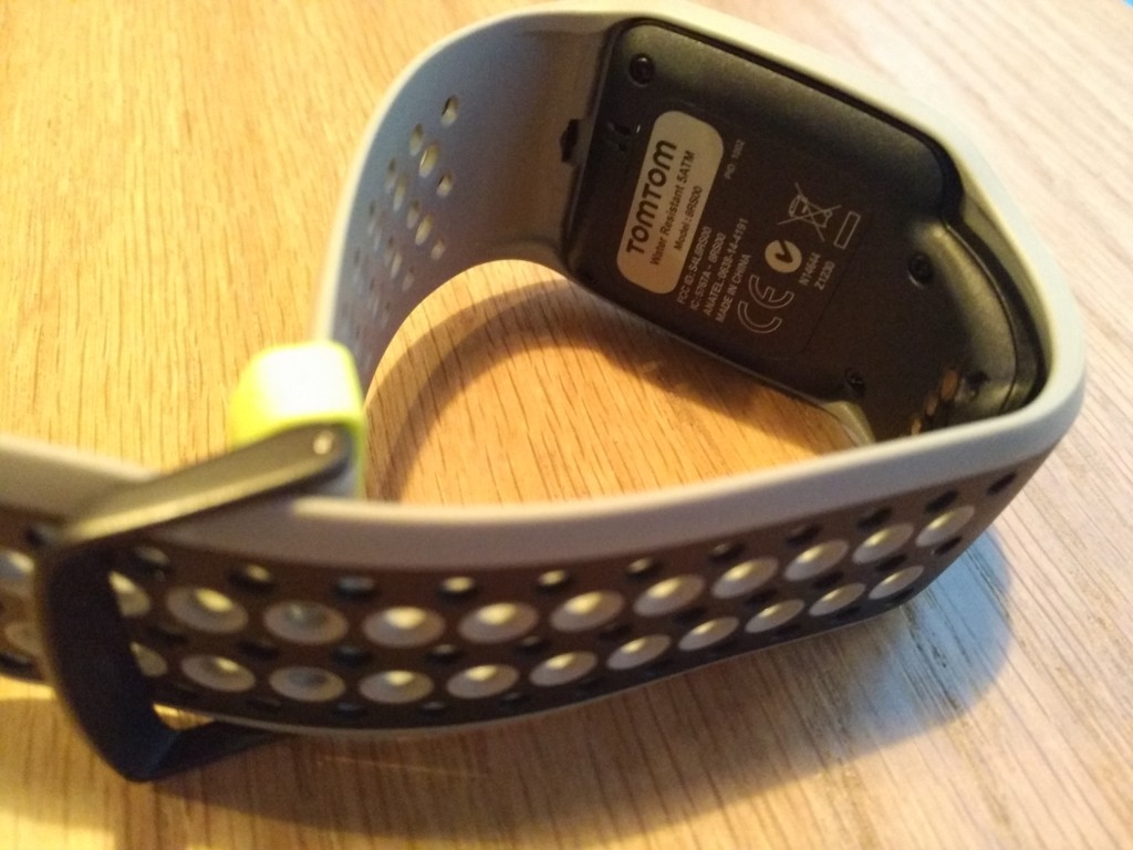 TomTom Sports Watch Unboxing in Prague-12