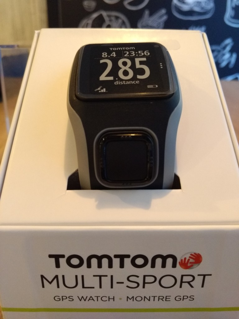TomTom Sports Watch Unboxing in Prague-6