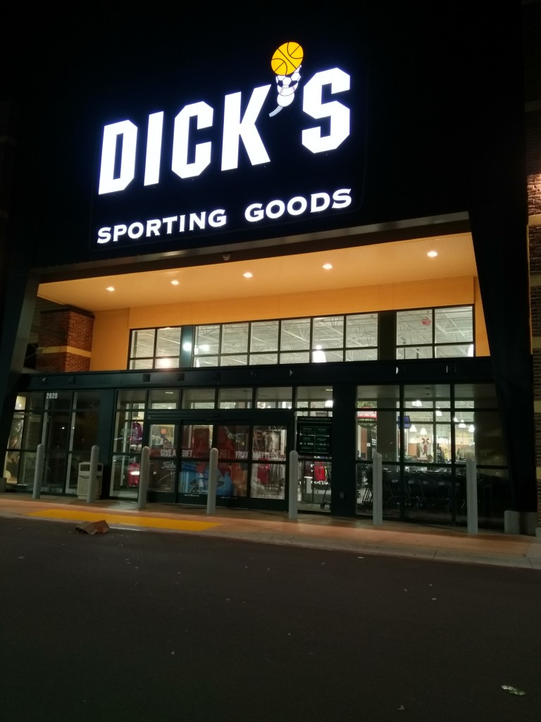 Buying Garmin at Dick's Sporting Goods Dublin California fail-1