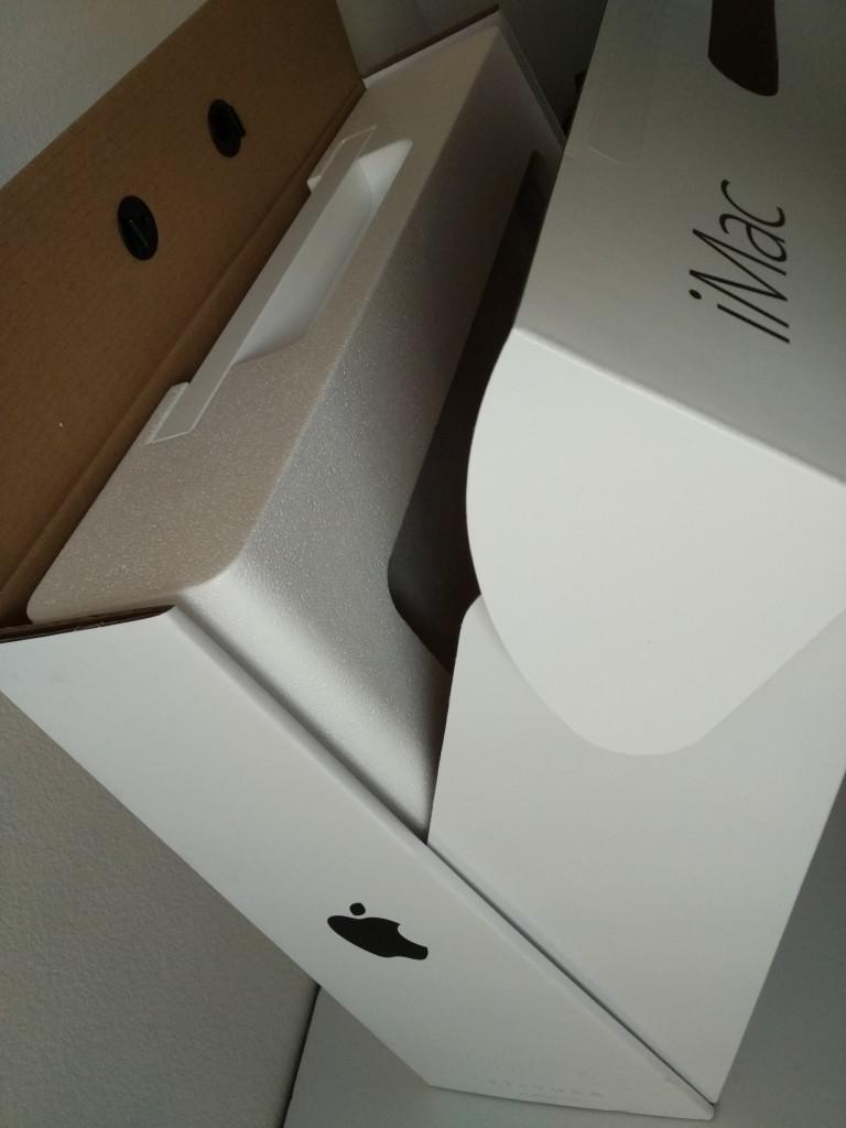 Apple iMac 4K (2015) Setup and Thunderbolt Migration from Apple MacBook Pro (Late 2011)-014