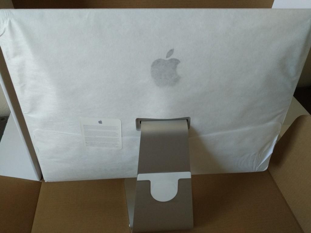 Apple iMac 4K (2015) Setup and Thunderbolt Migration from Apple MacBook Pro (Late 2011)-027