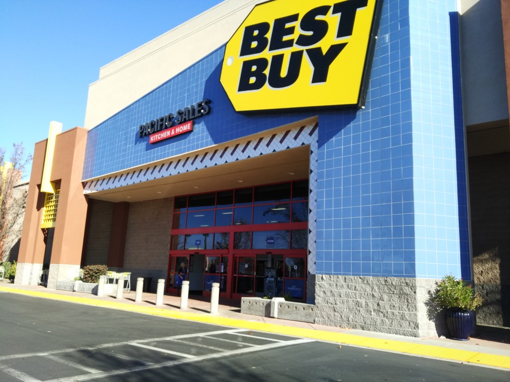 Best Buy Dublin California Mid Dec 2015-03