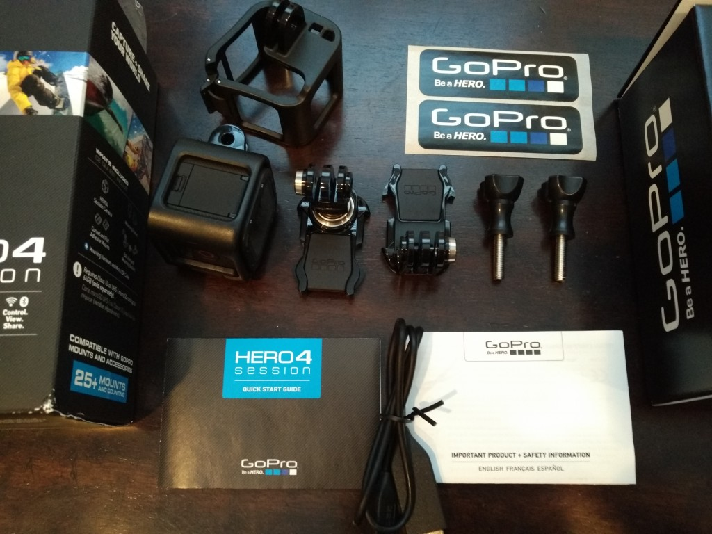 GoPro 4 Session Unboxing-46