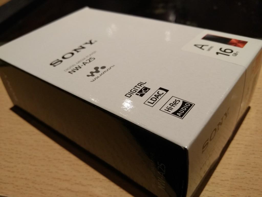 Sony Walkman at Chibo Shin Yokohama Station-15