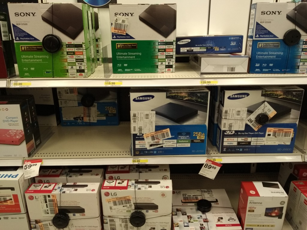 Target Electronics Shopping Christmas Eve Dublin California-27