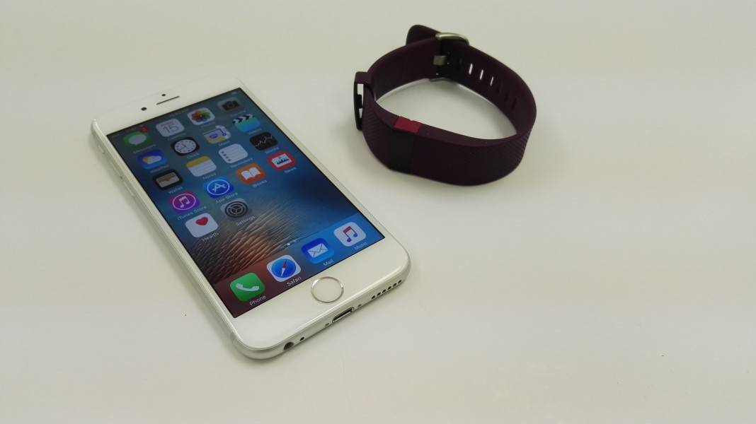 Fitbit Charge  Setup Iphone