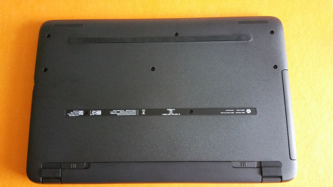 How to cool a laptop without bottom vents? | Tom's Guide Forum