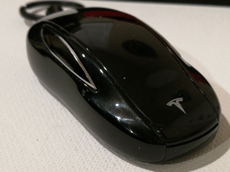 How To Set Up And Change Batteries On The Tesla Model X