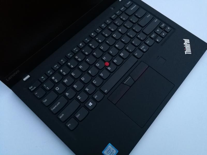 ThinkPad X1 Carbon (5th Gen 2017)